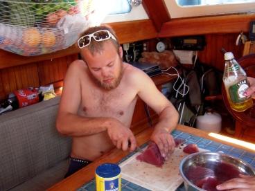 Matt cuts sushi