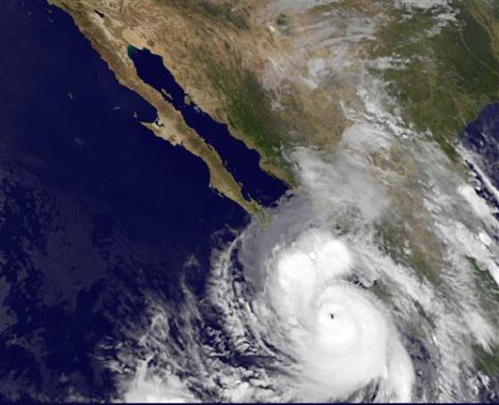 Hurricane Odile set to make landfall / Cat 3 Storm