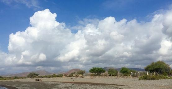 cloudsBeforeBlanca